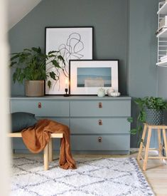 17 Awesome Ikea Malm Hacks that will Make your Day – james and catrin The Ikea MALM dresser is one of Ikea's most iconic pieces of furniture and as such, has been hacked repeatedly down the years. Ikea Furniture, Furniture Makeover, Refinished Furniture, Furniture Stores, Bedroom Furniture, Furniture Ideas, Furniture Design, Ikea Bedroom, Bedroom Decor