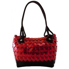 Serena Red: borsa realizzata con carte di caramelle.  Wrapper candy bag