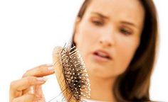 Problémy s vypadávaním vlasov a lámavosťou nechtov sa ženy snažia riešiť prostredníctvom vonkajších prípravkov – masky, oleje, pleťové vody a séra z lekárne. Môže sa zdať, že budú prospešné, ale le…