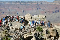 crowds at grand canyon
