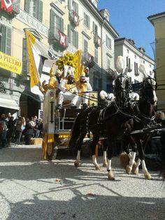 Carnevale di Ivrea 2014. Presentazione dei carri da getto. I Baroni del Castello