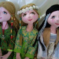 Hippie Dolls. Groovy.