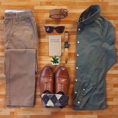 Men's outfit grid - green button down and khaki pants