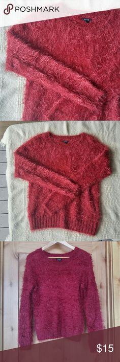 """Apt. 9 Maroon Eyelash Fuzzy Sweater Good condition- base fiber showing through a bit on collar as pictured, and slight wear/matting to the fuzz but no major flaws.? Color is a dark pink-red with the slightest purple undertone Size small Quite stretchy? Metalic red thread woven in Mashine washable, dry flat 18"""" armpit to armpit 24"""" long shoulder to hem 21.5"""" sleeve from shoulder? 50% nylon 48% acrylic 2% """"other fibers"""" Apt. 9 Sweaters Crew & Scoop Necks"""
