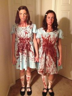 The Grady Sisters is listed (or ranked) 5 on the list 34 Awesome Literary Costume Ideas for Halloween IMA do this when my sisters older Halloween Mignon, Halloween Costumes Women Scary, Best Friend Halloween Costumes, Costumes For Women, Halloween Makeup, Zombie Makeup, Scary Makeup, Double Halloween, Diy Halloween Costumes