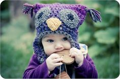 A little hat for your little birdie.Pattern is written both for bulky and aran/worsted weight yarns.