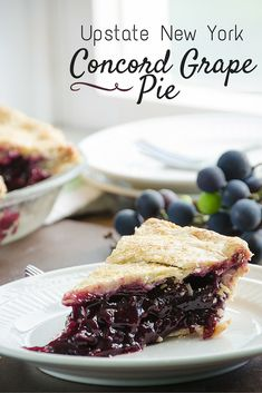 Concord Grape Pie is a favorite Upstate New York local seasonal confection. The pie is slightly labor intensive, but worth it, there is nothing else quite like this sweet pie! Grape Pie Recipes, Concord Grape Recipes, Fruit Recipes, Dessert Recipes, Recipies, Pastry Recipes, Hacks Cocina, Fruit Pie, Sweet Pie