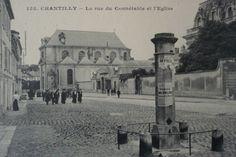 Ancienne carte postale  Rue du Connetable Chantilly