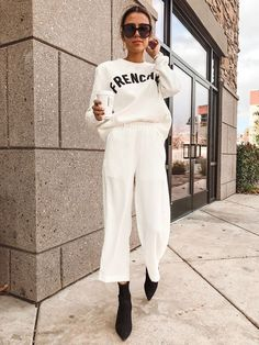 Catch up with Christine Favorite Makeup Being a Stepmom and Staple Fashion Buys Hello Fashion Street Style Boho, Looks Street Style, Looks Style, Trendy Style, Casual Chic Style, Mode Outfits, Fashion Outfits, Womens Fashion, Fashion 2018