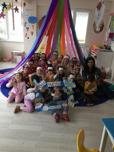 Pancakes And Pajamas, Pajama Day, New Classroom, Preschool Themes, Child Development, Fun Learning, Diy Bedroom Decor, Little Ones, Maria Montessori