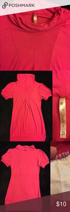 Hot pink soft t-shirt sz M This is a very soft hot pink t-shirt. It has a loose turtle neck collar. It's in good condition sz M....but fits small. Papaya Tops Blouses