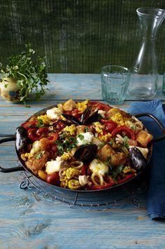 Unser beliebtes Rezept für Paella mixta und mehr als 55.000 weitere kostenlose Rezepte auf LECKER.de. Spanish Cuisine, Heart Healthy Recipes, Risotto, Seafood, Clean Eating, Brunch, Food And Drink, Keto, Ethnic Recipes