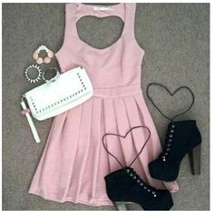 ♡ i like the dress..but everything else not so much