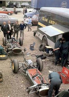 Team Lotus, 63...