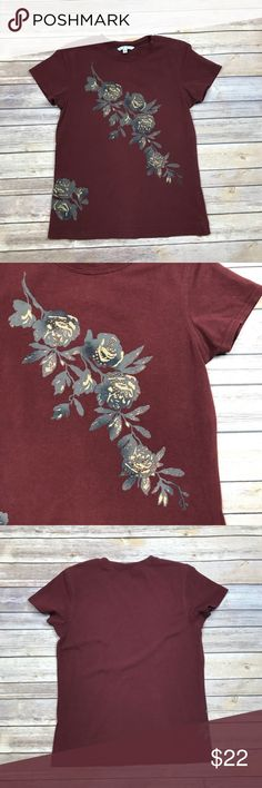 "CAbi Rose Tee Shirt Excellent used condition. No rips, stains or tears. Style #424   Measurements are approximate and of the item laying flat.  Length 23""  Bust 17""   Open to all reasonable offers! CAbi Tops Tees - Short Sleeve"