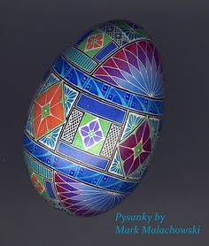 Pysanky by Mark Malachowski Cool Easter Eggs, Ukrainian Easter Eggs, Egg Crafts, Easter Crafts, Egg Shell Art, Carved Eggs, Egg Designs, Faberge Eggs, Egg Art
