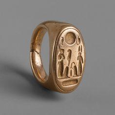 Finger ring of King Akhenaten and Queen Nefertiti | Heilbrunn Timeline of Art History | The Metropolitan Museum of Art