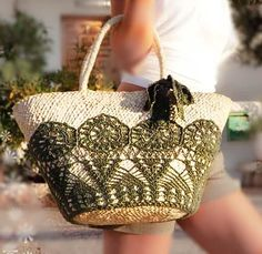 Marvelous Crochet A Shell Stitch Purse Bag Ideas. Wonderful Crochet A Shell Stitch Purse Bag Ideas. Crochet Handbags, Crochet Purses, Crochet Bags, Handmade Handbags, Handmade Bags, Crochet Shell Stitch, Crochet Buttons, Bead Embroidery Jewelry, Purse Patterns