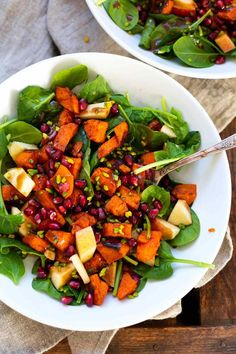 Great Cost-Free Sweet Potato Pomegranate Power Bowl - Cooking Carousel Concepts Smoothie Recipes tasty and healthy… You will find therefore several recipes suspended on the we Clean Eating Challenge, Clean Eating Diet, Clean Eating Recipes, Raw Food Recipes, Salad Recipes, Diet Recipes, Healthy Recipes, Food Bowl, Power Bowl