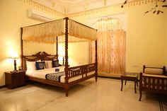 #Sleep like a #King or #Queen! Happy Travelling!  #OYORooms #OYOexplorer #startup #AurKyaChahiye