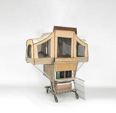 kamperen in een winkelwagen