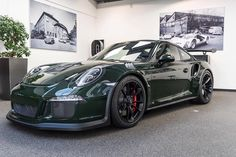 911 992 GT3-RS Brewster Green