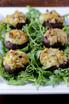 Pink Parsley: Crab and Brie Stuffed Mushrooms
