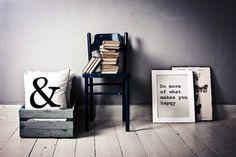 Amandus, ściany, Typografia,
