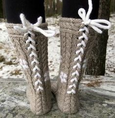 Ulla 01/14 - Ohjeet - Anemonidium Boot Socks, Knitting Socks, Sock Shoes, Leg Warmers, Mittens, Needlework, Knit Crochet, Diy And Crafts, Slippers