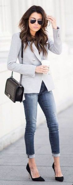 07 Professional Work Outfits Ideas for Women to Try