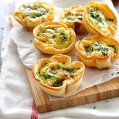 Mini Quiche Toast Cups - made with plain old sandwich bread! Bacon, egg and cheese filling. {recipe}