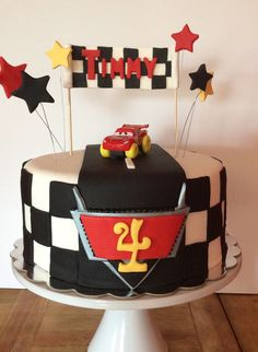 Black and white checkered with monster truck character on top instead of lightning mcqueen Disney Cars Party, Disney Cars Birthday, Cars Birthday Parties, Mcqueen Car Cake, Lightning Mcqueen Party, Queen Cakes, Party Co, Baby Boy Birthday, Cakes For Boys