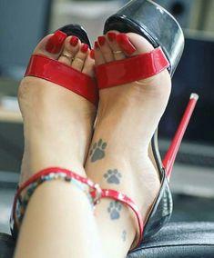Pin on High heels Sexy Legs And Heels, Hot High Heels, Platform High Heels, High Heels Stilettos, Stiletto Heels, Beautiful High Heels, Beautiful Toes, Feet Soles, Women's Feet