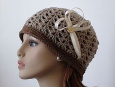 Crochet Shell Beanie Video Tutorial & Pattern (U.S. and U.K. pattern versions) at http://youtu.be/u7Ml3PqXPas