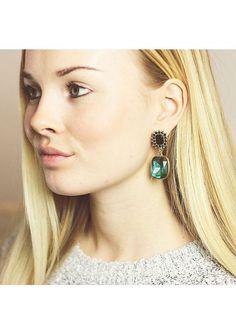 Be Elegant Statement Earrings