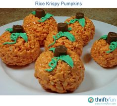 If you like rice krispy treats, then you will love these adorable and yummy pumpkins!