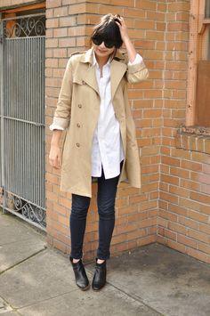 white shirt - trench coat - black bootie - skinny jean