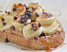 broiled bananas + peanut butter + honey + choco chips