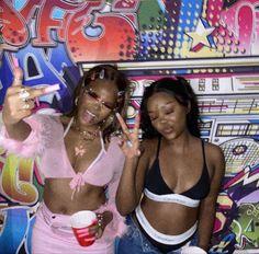Best Friend Photos, Best Friend Goals, Friend Pics, Cute Friends, Best Friends, Black Girl Magic, Black Girls, Black Girl Aesthetic, Dark Skin Girls