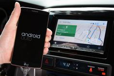 The AAA discovered Apple CarPlay and Android Auto apps call for much less from drivers than automaker infotainment programs. AAA calls at the car and smartphone Facebook Messenger, Android Auto, Best Android, Smartphone, Radios, Google Play, Autos Toyota, Ford Sync, Volkswagen