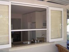 18 Ideas Kitchen Window Servery Patio For 2019 Kitchen Window Bar, Patio Kitchen, Porch Bar, Indoor Outdoor Kitchen, Indoor Bar, Window Bars, Pass Through Window, New Kitchen Designs, Kitchen Ideas