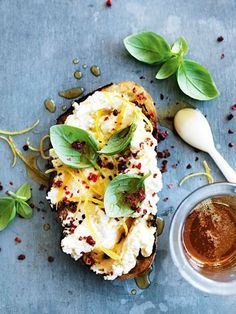 VeggieGardenings: lemon, ricotta, basil and honey bruschetta.