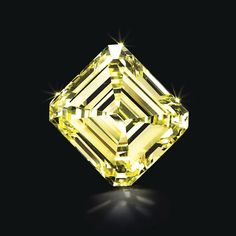 Magnificent Jewels Christies New York diamant Diamant jaune de 21.28 carats. Estimation: 450 000 - 650 000 dollars