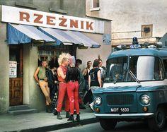 Bezpośredni odnośnik do obrazka Poland People, Warsaw Pact, Vintage Industrial Furniture, Ocelot, Cool Countries, Eastern Europe, Old Photos, Nostalgia, The Past