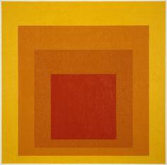 Josef Albers (1888 – 1976) was een Duitse kunstenaar en leraar, wiens werk, zowel in Europa als in de Verenigde Staten, de basis vormde van een aantal van de invloedrijkste en verreikende kunstonderwijsprogramma's van de 20e eeuw.