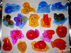 Odlévání mýdla z mýdlové hmoty mýdla mýdlová hmota Silicone Molds, Presents, Crafts, Painting, Teenagers, Art, Gifts, Art Background, Manualidades
