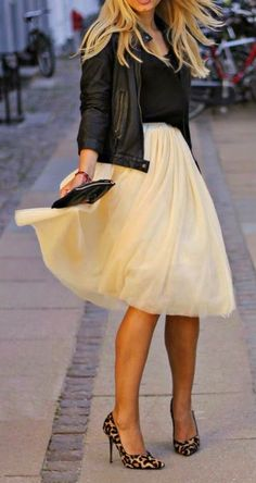 street style cream tulle skirt, leather jacket and leopard prints heels