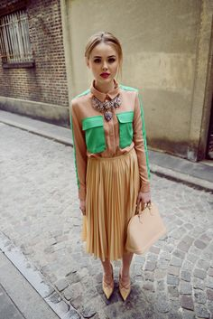 romantic outfit with chic necklace