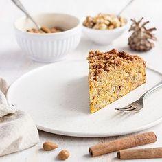 Noch ein Kürbiskuchen für Halloween gesucht?  Im Wunderland findet ihr das Rezept zu diesem leckeren und gesunden Kürbis-Bananenkuchen! Link im Profil. - - - - - Still searching for a pumkin cake for Halloween? Find the recipe of this delicious and healthy pumpkin banana cake on the blog! Link in bio. - - - - - #halloween #pumpkin #kürbis #kürbiskuchen #halloweentreats #cake #bake #instafood #food #foodstyling #foodphotography #foodie #feedfeed @thefeedfeed #f52grams #ichliebefoodblogs ...