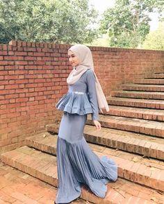 Islamic Fashion, Muslim Fashion, Modest Fashion, Fashion Dresses, Hijab Evening Dress, Hijab Dress Party, Stunning Dresses, Nice Dresses, Hijab Style